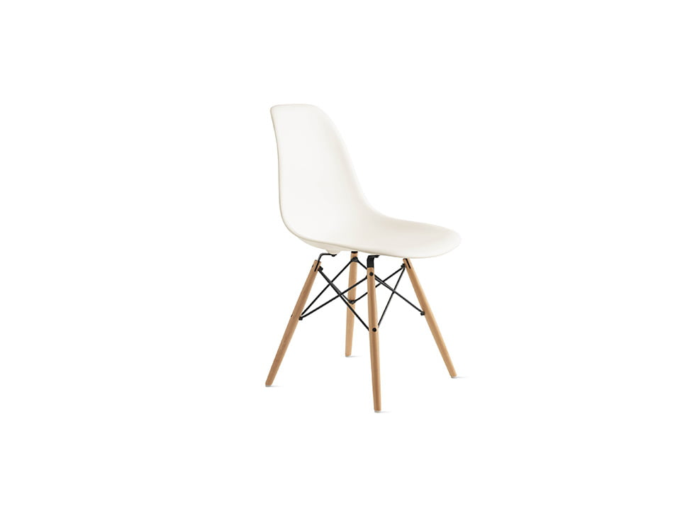 RentMacha | Designer Replica DSW Chair Oblique View 1