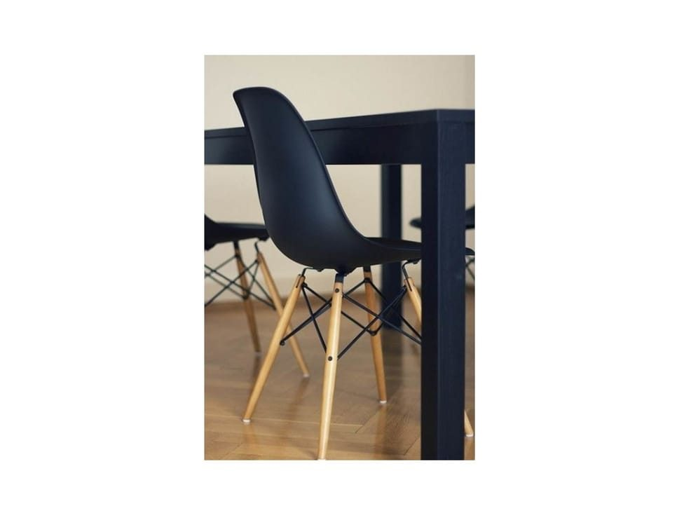 DSW_Replica_Chair_on_rent_mumbai_chennai_hyderabad_rentmacha_online_live_image